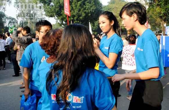 Hoa hậu Ngọc Hân chạy bộ vì trẻ em ảnh 2