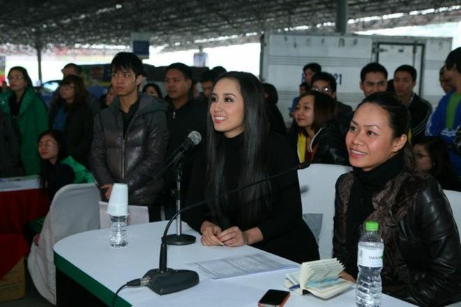 Mai Phương Thúy, Tuấn Hưng giao lưu với thí sinh Vietnam's Got Talent ảnh 1