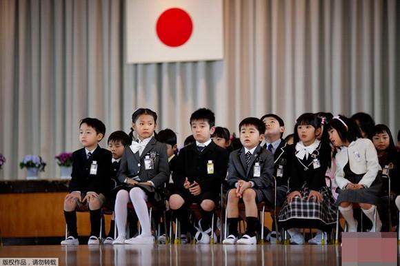 Những bức ảnh ấn tượng về trẻ em năm 2011 ảnh 14