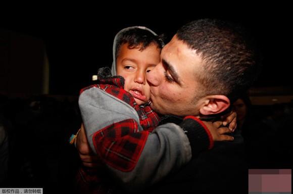 Những bức ảnh ấn tượng về trẻ em năm 2011 ảnh 9