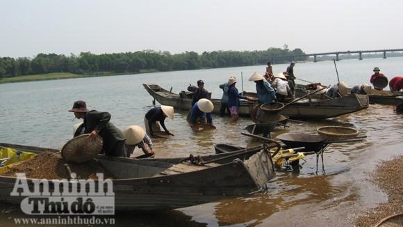 Lay lắt làng Giang Hến... ảnh 1