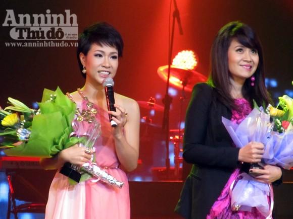 Uyên Linh chiến thắng thuyết phục Bài hát yêu thích tháng 1 ảnh 6