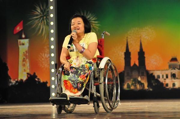 """Cô gái """"cứu sống"""" Vietnam's Got Talent ảnh 1"""
