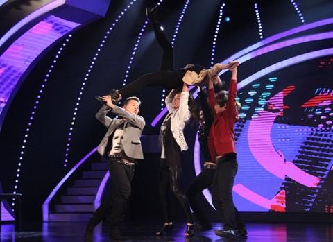 """Bán kết 4 VN's Got Talent: Khán giả """"so bó đũa chọn cột cờ"""" ảnh 1"""