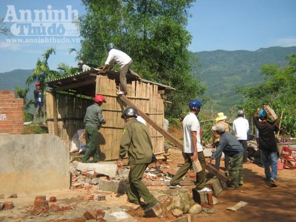 115 ngôi nhà bị sập và tốc mái trong cơn lốc xoáy ảnh 3