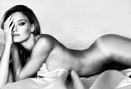 Lộ diện 100 phụ nữ nóng bỏng nhất thế giới năm 2012 ảnh 1