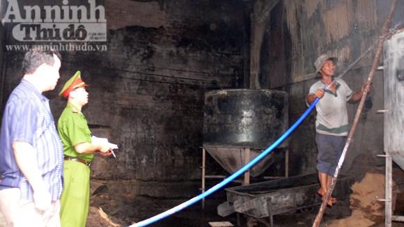 Cháy xưởng sản xuất bột nhang lớn nhất tại Bình Định ảnh 1
