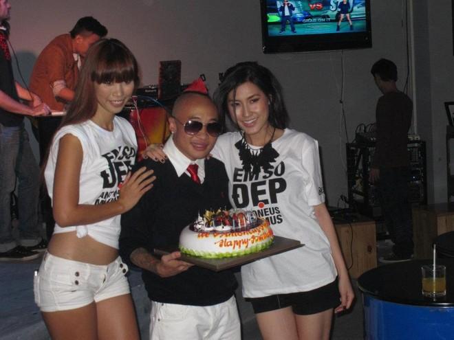 Hà Anh quậy tưng bừng trong tiệc sinh nhật Antoneus Maximus ảnh 1