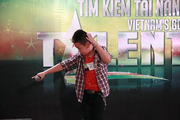 """Cơn sốt Gangnam Style """"đổ bộ"""" vào Hà Nội ảnh 2"""