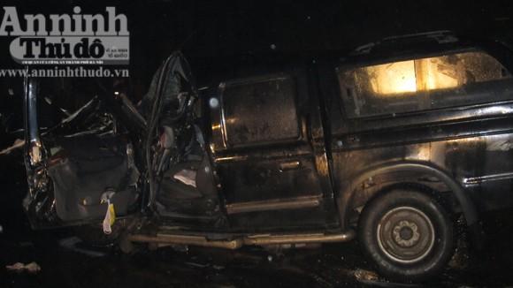 Xe khách đâm trực diện xe bán tải, 3 người tử vong tại chỗ ảnh 2
