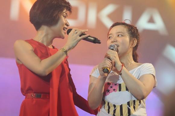 """Sinh viên Đà Nẵng bị các ngôi sao Idol """"tấn công"""" ảnh 6"""
