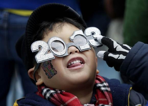 Người dân thế giới đón mừng năm mới 2013 ảnh 10
