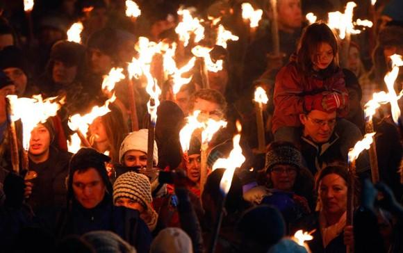 Người dân thế giới đón mừng năm mới 2013 ảnh 12
