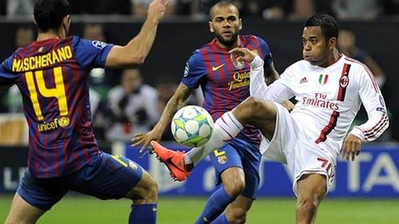 Champions League 2013: Lầ̀n thứ 2, Milan gặ̣p hạ̣n ảnh 1