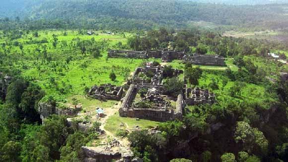 Thái Lan và Campuchia thỏa thuận chung về ngôi đền cổ Preah Vihear ảnh 1