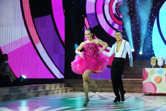 Yến Trang tỏa sáng với điệu nhảy Quickstep ảnh 5