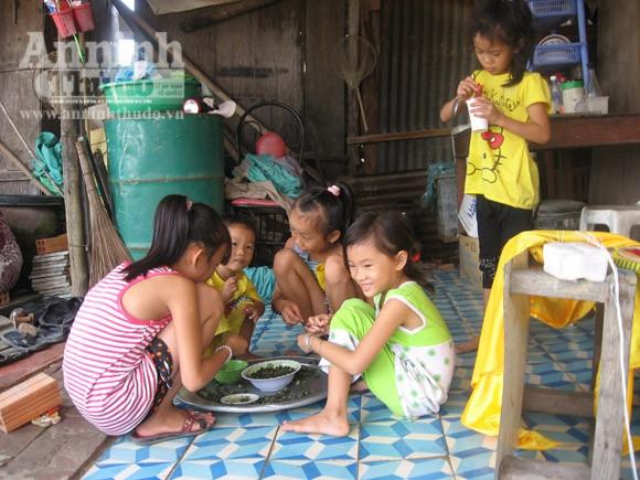"""Vô tư xả thải: vịnh Cam Ranh đang thành... """"biển thối"""" ảnh 5"""