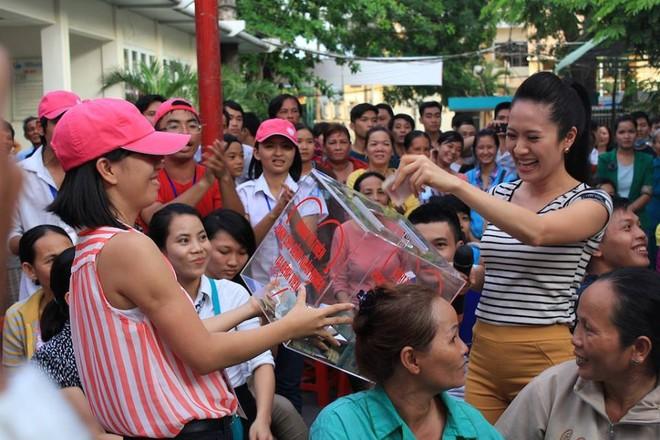 Dương Triệu Vũ - Thanh Thúy mang tiếng hát gửi tặng bệnh nhân nghèo ảnh 5