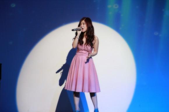 Hương Tràm làm single đặc biệt tặng khán giả ảnh 5