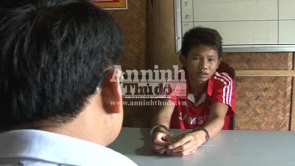 """Gã choai bị bắt vì chơi trò """"người lớn"""" với bé gái 7 tuổi ảnh 1"""