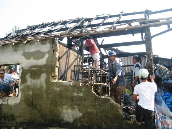 Bà hỏa thiêu rụi xưởng bông, vải gây thiệt hại 3 tỷ đồng ảnh 2