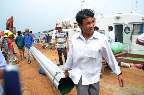 Đảo Cồn Cỏ tan hoang sau bão, cần hỗ trợ khẩn cấp ảnh 12
