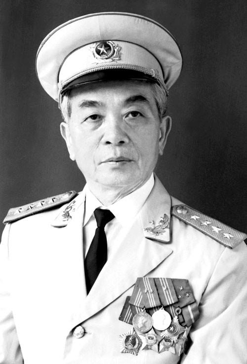 Đại tướng Võ Nguyên Giáp: Quốc sử lưu danh, lòng dân tạc tượng! ảnh 1