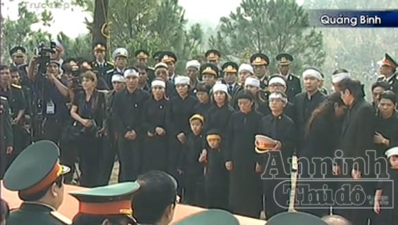Đại tướng Võ Nguyên Giáp: Quốc sử lưu danh, lòng dân tạc tượng! ảnh 19