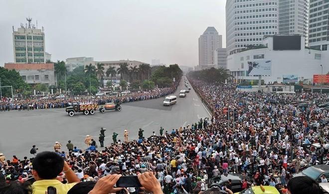 Đại tướng Võ Nguyên Giáp: Quốc sử lưu danh, lòng dân tạc tượng! ảnh 13