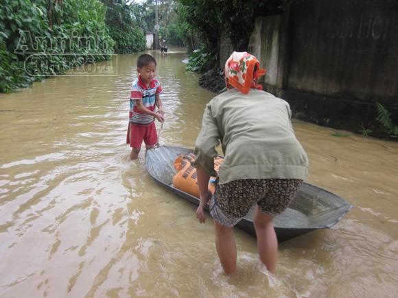 Nghệ An: 2.430 ngôi nhà chìm trong biển nước ảnh 4