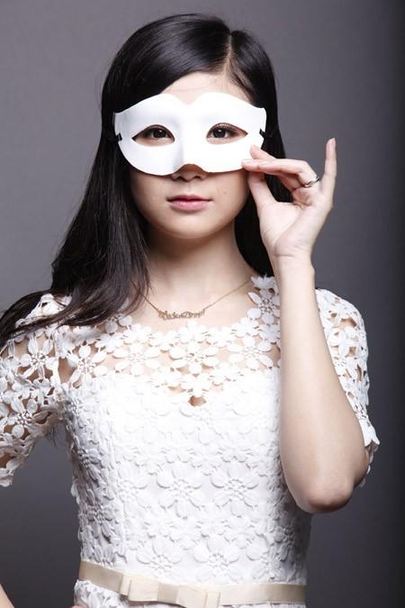 """Lộ diện những gương mặt cá tính, xinh đẹp của """"Người giấu mặt"""" ảnh 3"""