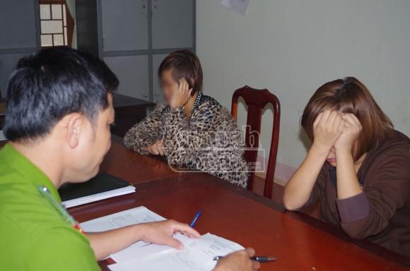 Giải cứu hai thiếu nữ bị lừa bán sang Trung Quốc ảnh 1