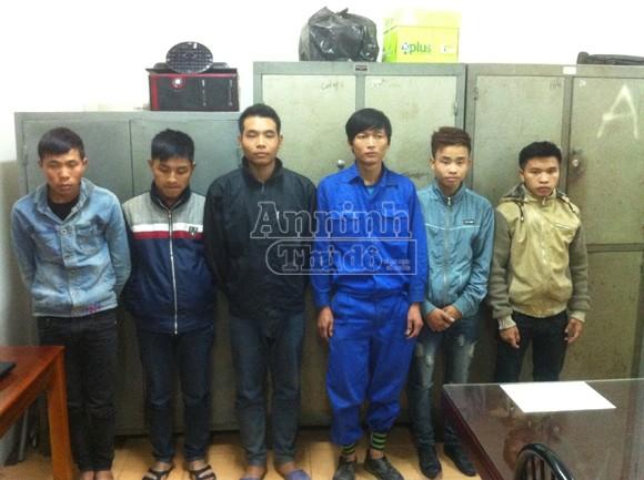 10 thanh niên sa vòng lao lý vì cướp 1 chiếc xe máy ảnh 2