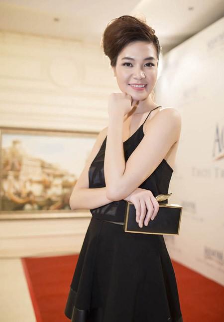 Hoa hậu Thùy Dung trở lại sàn catwalk sau thời gian dài vắng bóng ảnh 2