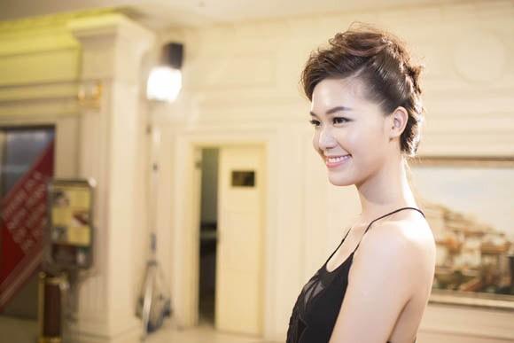 Hoa hậu Thùy Dung trở lại sàn catwalk sau thời gian dài vắng bóng ảnh 1