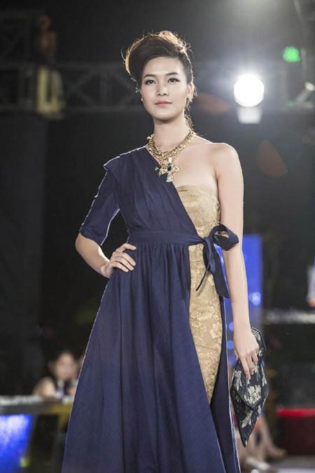 Hoa hậu Thùy Dung trở lại sàn catwalk sau thời gian dài vắng bóng ảnh 6