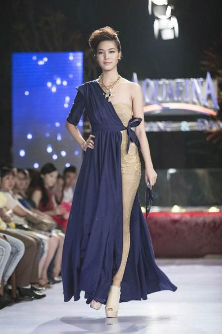 Hoa hậu Thùy Dung trở lại sàn catwalk sau thời gian dài vắng bóng ảnh 4