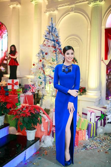 Hoa hậu Ngọc Hân nổi bật trong chiếc đầm xanh gợi cảm ảnh 4