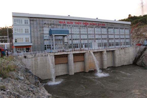 Nhà máy thủy điện 3.600 tỉ đồng bị khởi kiện vì nợ 751 triệu đồng ảnh 1