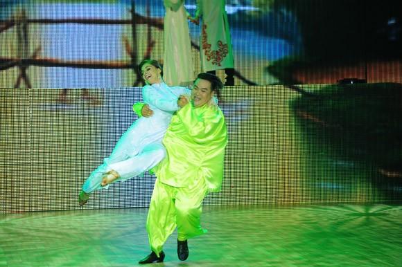 Bước nhảy hoàn vũ 2014 khai màn đầy ấn tượng ảnh 5