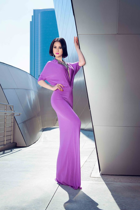 """Ngắm đường cong """"chết người"""" của Hoa hậu Tristine Trâm Bùi ảnh 4"""