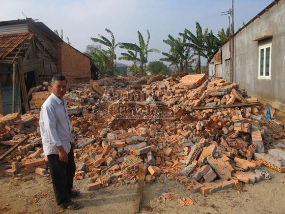 Nhà nhỏ đập bỏ… nhà to cho xây (!) ảnh 1