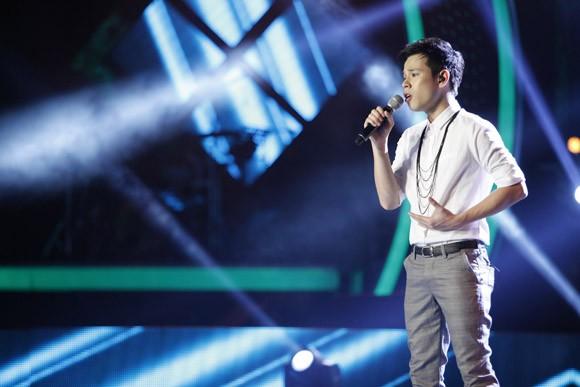 Đông Hùng bất ngờ lọt top nguy hiểm, Anh Quân chia tay Vietnam Idol ảnh 8
