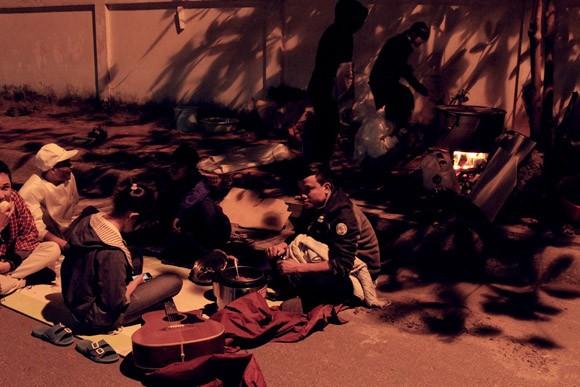 Trúc Diễm, Minh Béo gói bánh chưng, bánh tét tặng người nghèo ảnh 15