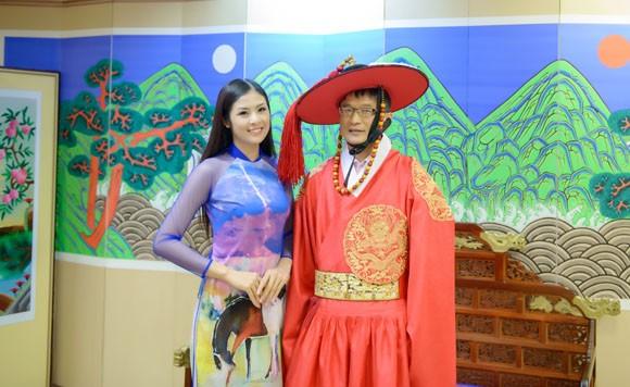 Hoa hậu Ngọc Hân quảng bá du lịch Việt Nam tại Hàn Quốc ảnh 9