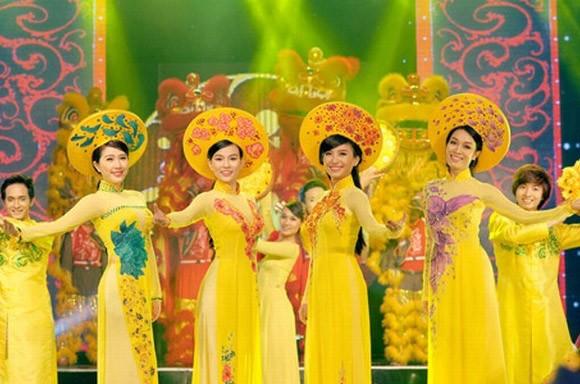 Gala nhạc Việt lên ngôi dịp Tết ảnh 1