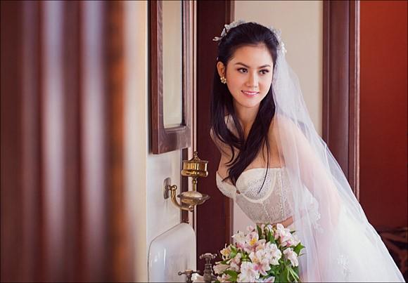 Hoa hậu Tristine Trâm Bùi mặc nội y khoe thân hình nóng bỏng ảnh 10