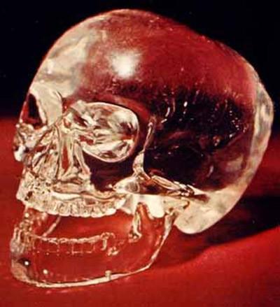 Hộp sọ pha lê: Bí ẩn siêu nhiên hay trò lừa bịp? ảnh 4
