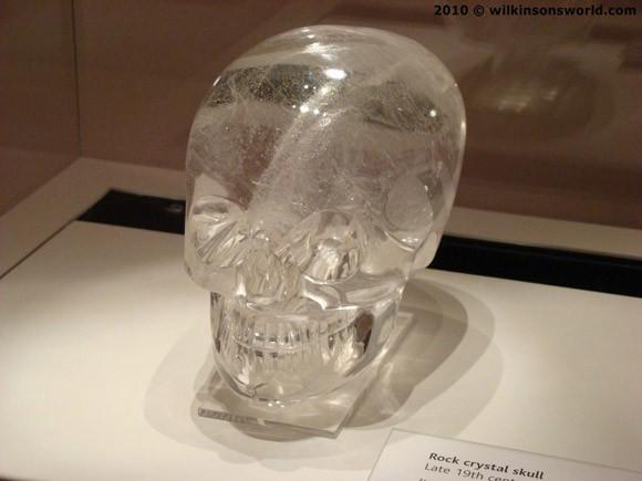 Hộp sọ pha lê: Bí ẩn siêu nhiên hay trò lừa bịp? ảnh 3