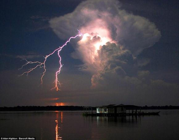 Khám phá những hiện tượng thời tiết kỳ thú trên thế giới ảnh 4